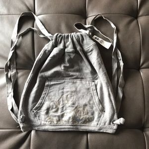 Gap draw string bag